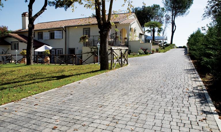 D'Ascenzi Pavimenti. Tutte le strade portano a Roma.